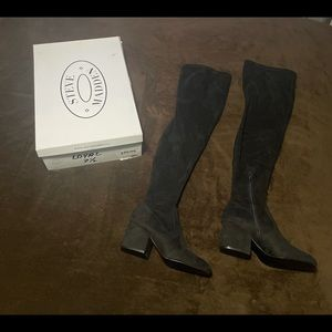 Brand new Steve Madden thigh high Loyal boots size 7.5. Only tried on.
